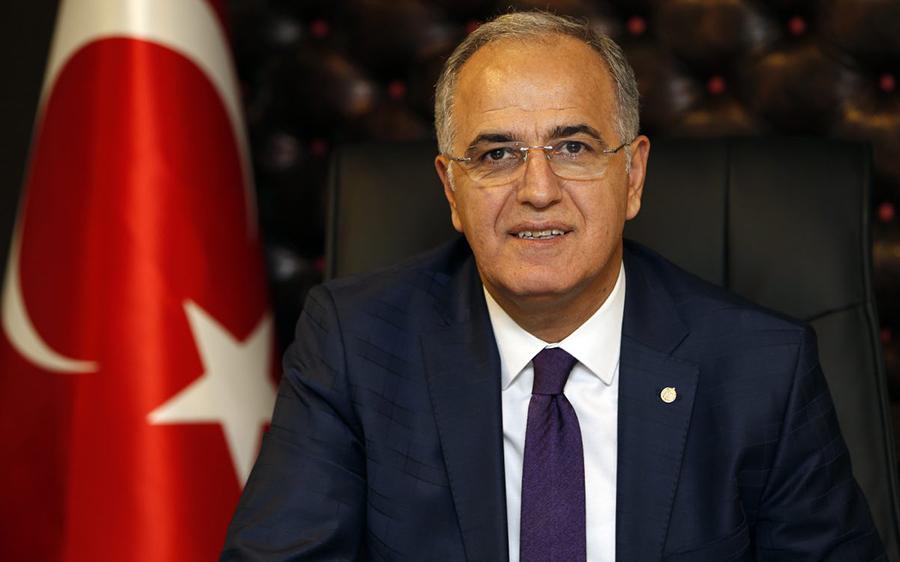 TVF Başkanı Mehmet Akif Üstündağ A Milli Erkek Voleybol Takımını kutladı.
